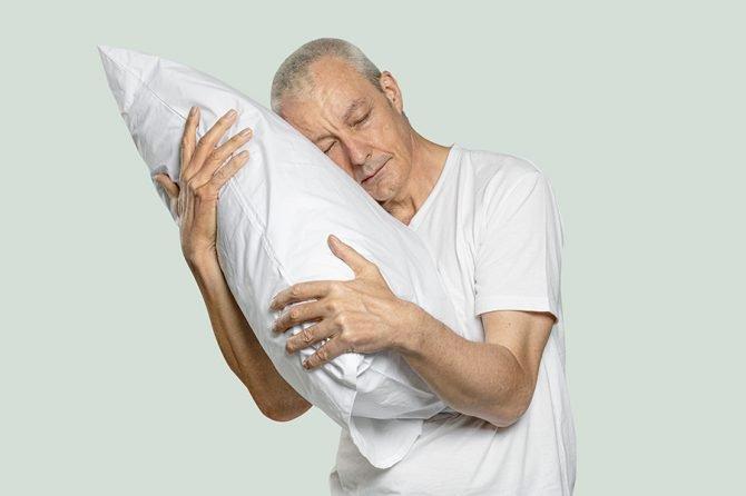 ¿Por qué se altera el sueño en las personas con cáncer?